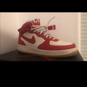 Nike AF1 red denim, 8.5/10. Worn 2 x